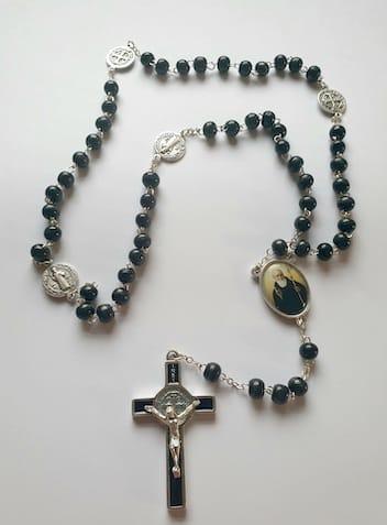 Benedict Beads